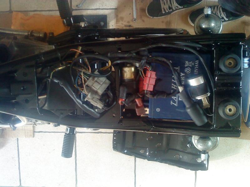Honda CX 500 en cours  - Page 2 Dsc00019