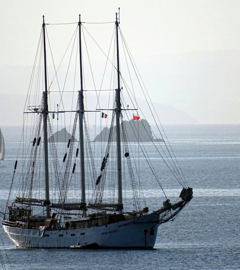 [ Marine à voile ] Vieux gréements - Page 3 Kapita10
