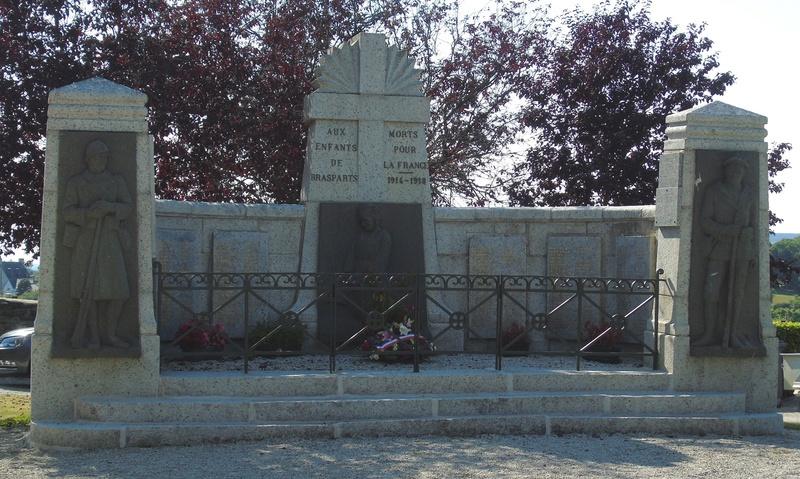 [Histoires et Histoire] Monuments aux morts originaux Français Tome 1 - Page 30 Monume12