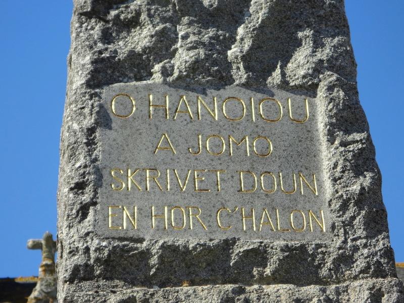 [Histoires et Histoire] Monuments aux morts originaux Français Tome 1 - Page 30 Mt_pen10