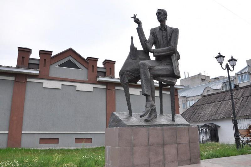 Городские скульптуры - Страница 3 Ieeeza10