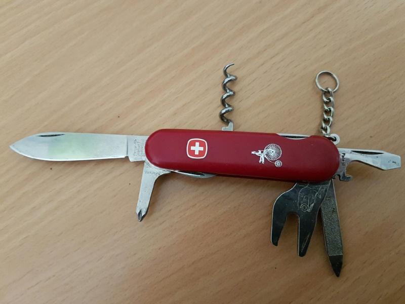 alfection les couteaux suisses  !!! - Page 9 Resize11