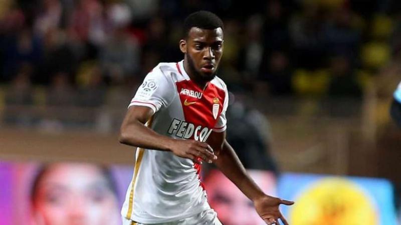 [Transfert] La Ligue 1 - Page 48 Et-si-10