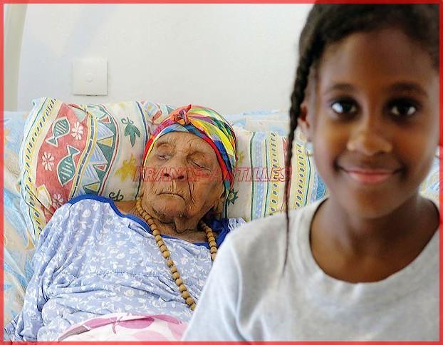 Décès de personnes de 110 ans et plus - Page 9 Eudoxi10
