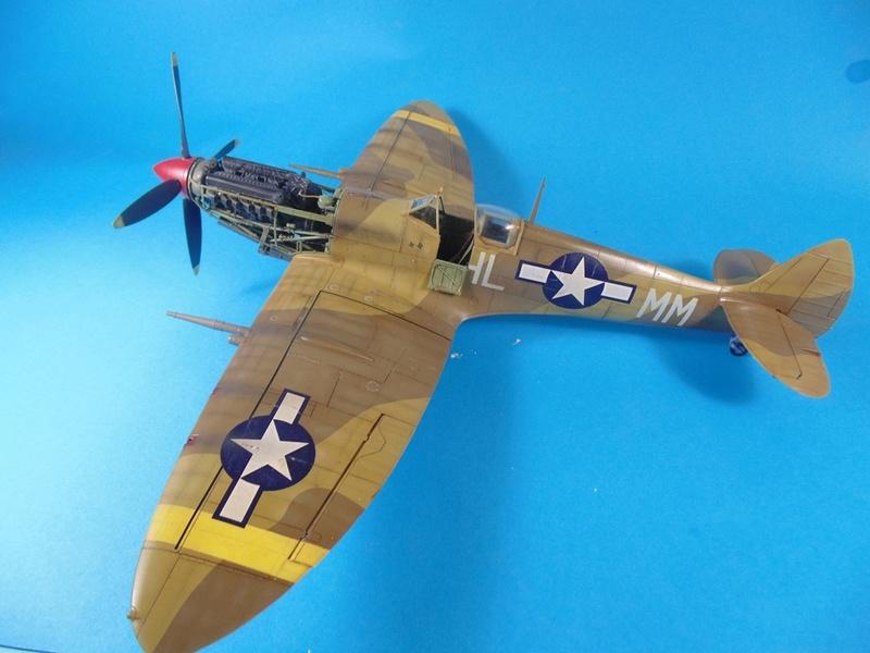 spitfire mkVIII tamiya 1/32  Dsc03041