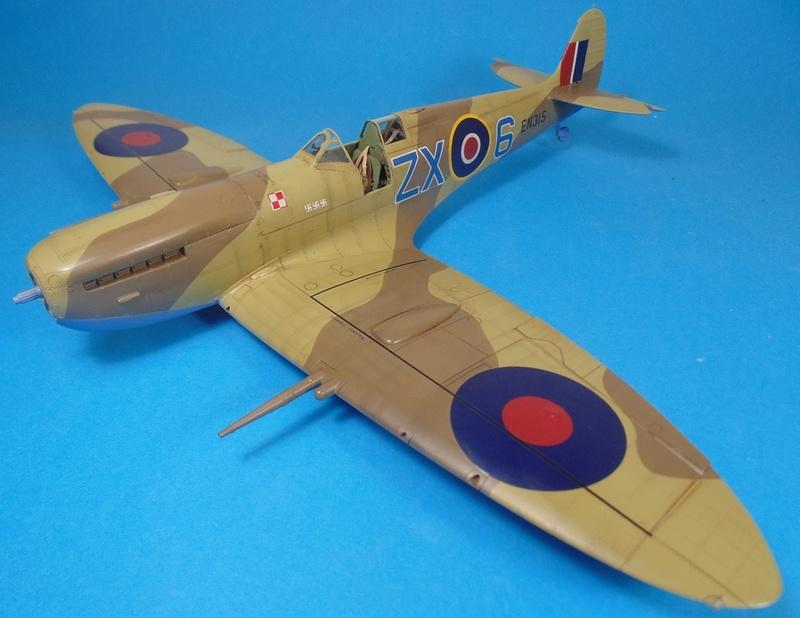 spitfire mk IX tamiya 1/32 Dsc03125