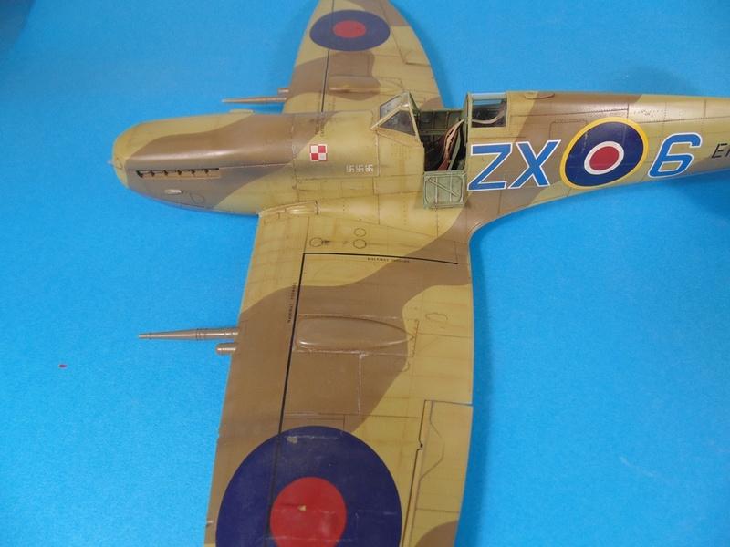spitfire mk IX tamiya 1/32 Dsc03129