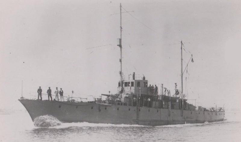 * BOUFFONNE (1916/1927) * 720_0010