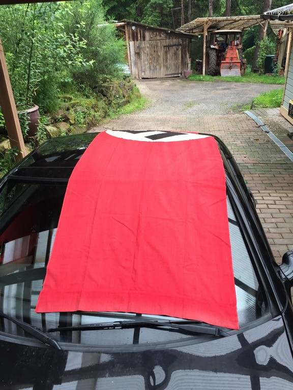 authentification d'un drapeau allemand Img_7513