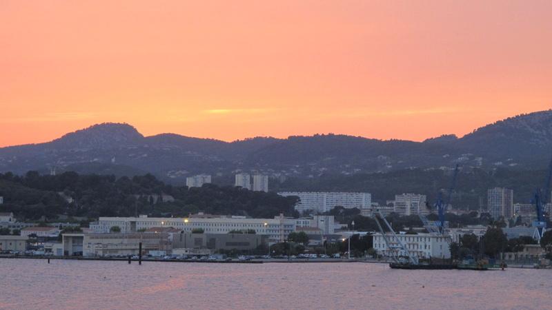 [Les Ports Militaires de Métropole] Visite de la rade de Toulon - Page 7 Corse_24
