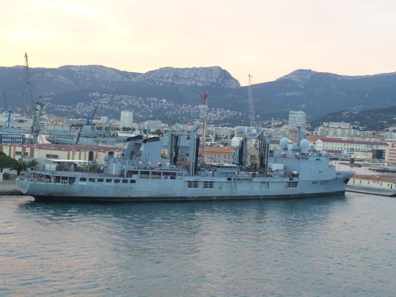 [Les Ports Militaires de Métropole] Visite de la rade de Toulon - Page 7 Corse_29