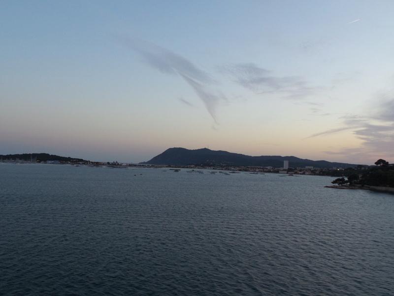 [Les Ports Militaires de Métropole] Visite de la rade de Toulon - Page 7 Corse_31