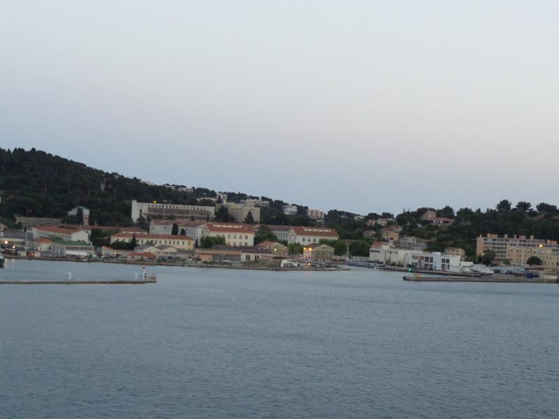 [Les Ports Militaires de Métropole] Visite de la rade de Toulon - Page 7 Corse_34