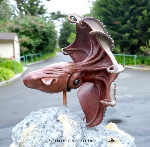 Des statues amusantes ! - Page 38 Sta_cs10