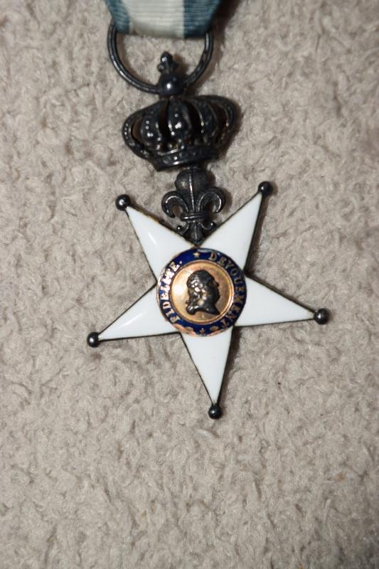 Légion d'Honneur et Ordre du Lys Restauration. Dsc_0210