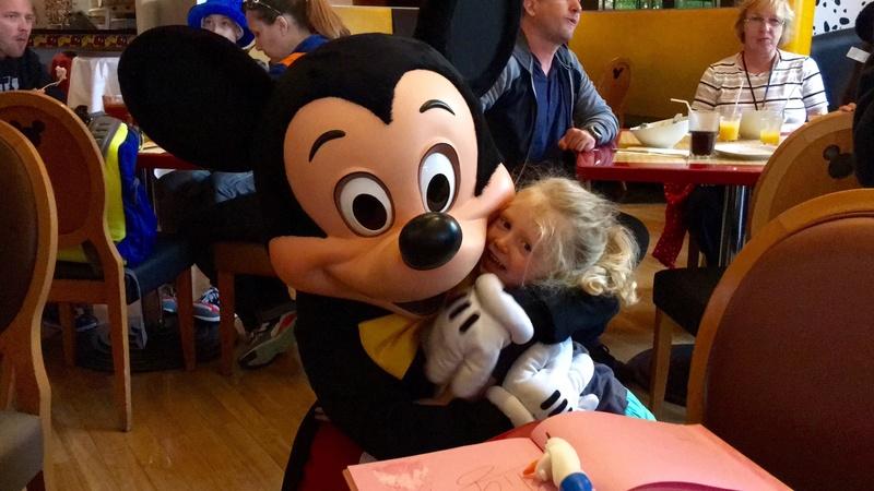 (3ème Partie) Demande en mariage devant Mickey/Voyage de noces WDW et Cruise Line/Disneyland Paris (Défilé en Limousine, Dîner dans le Château de la Belle au bois dormant)/Quelques nouvelles 3 ans après - Page 36 Img_0310