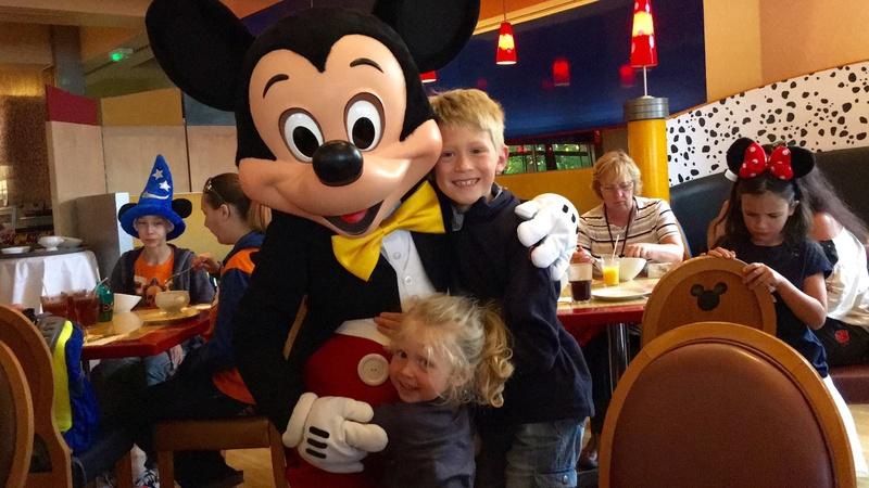 (3ème Partie) Demande en mariage devant Mickey/Voyage de noces WDW et Cruise Line/Disneyland Paris (Défilé en Limousine, Dîner dans le Château de la Belle au bois dormant)/Quelques nouvelles 3 ans après - Page 36 Img_0311