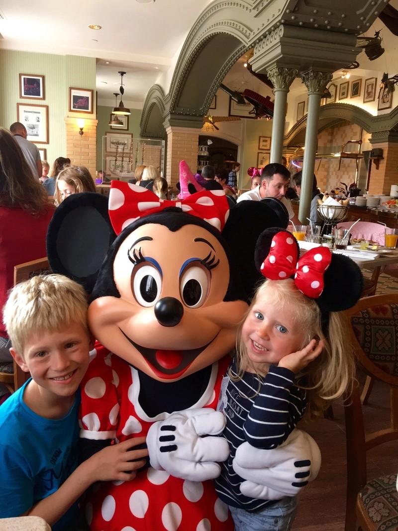 (3ème Partie) Demande en mariage devant Mickey/Voyage de noces WDW et Cruise Line/Disneyland Paris (Défilé en Limousine, Dîner dans le Château de la Belle au bois dormant)/Quelques nouvelles 3 ans après - Page 36 Img_0414