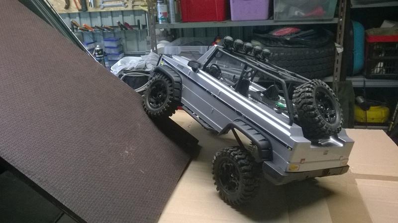 HG P402  Defender 90 pickup + remorque  Wp_20117