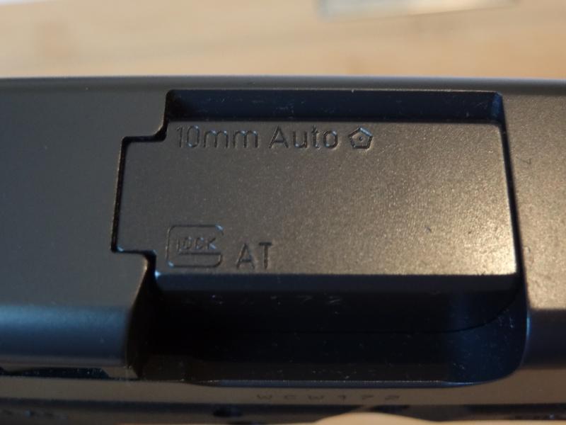 Glock 20 gen 4 (et Side by Side G22 gen 3) Dsc09714