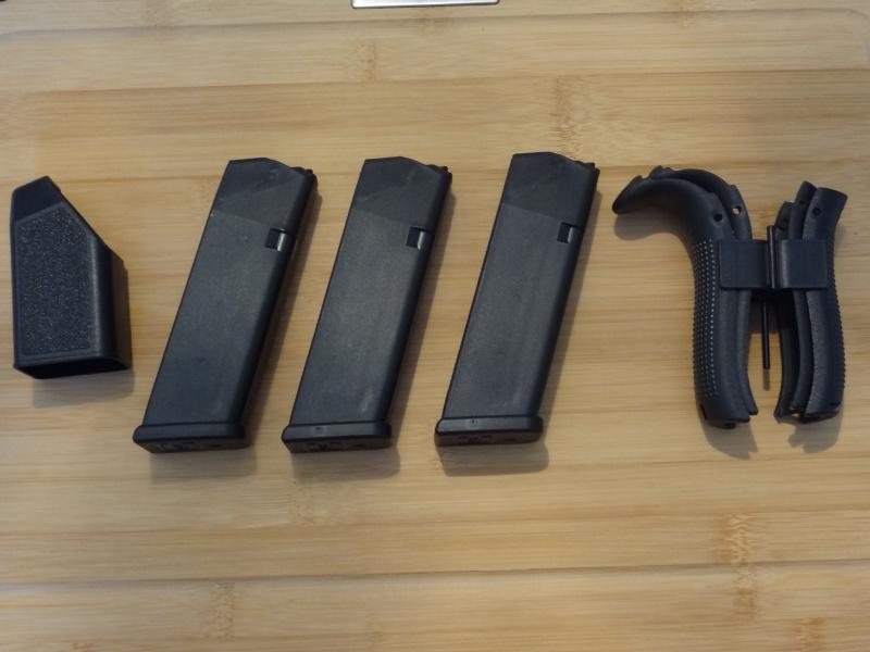 Glock 20 gen 4 (et Side by Side G22 gen 3) Dsc09717