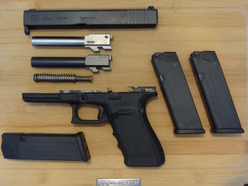 Glock 20 gen 4 (et Side by Side G22 gen 3) Dsc09724