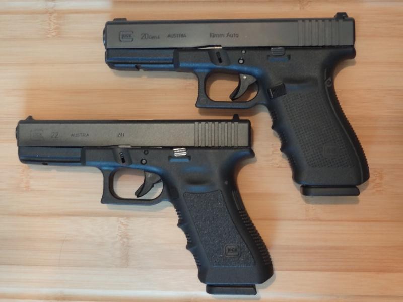 Glock 20 gen 4 (et Side by Side G22 gen 3) Dsc09811