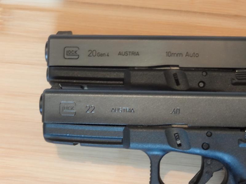 Glock 20 gen 4 (et Side by Side G22 gen 3) Dsc09812