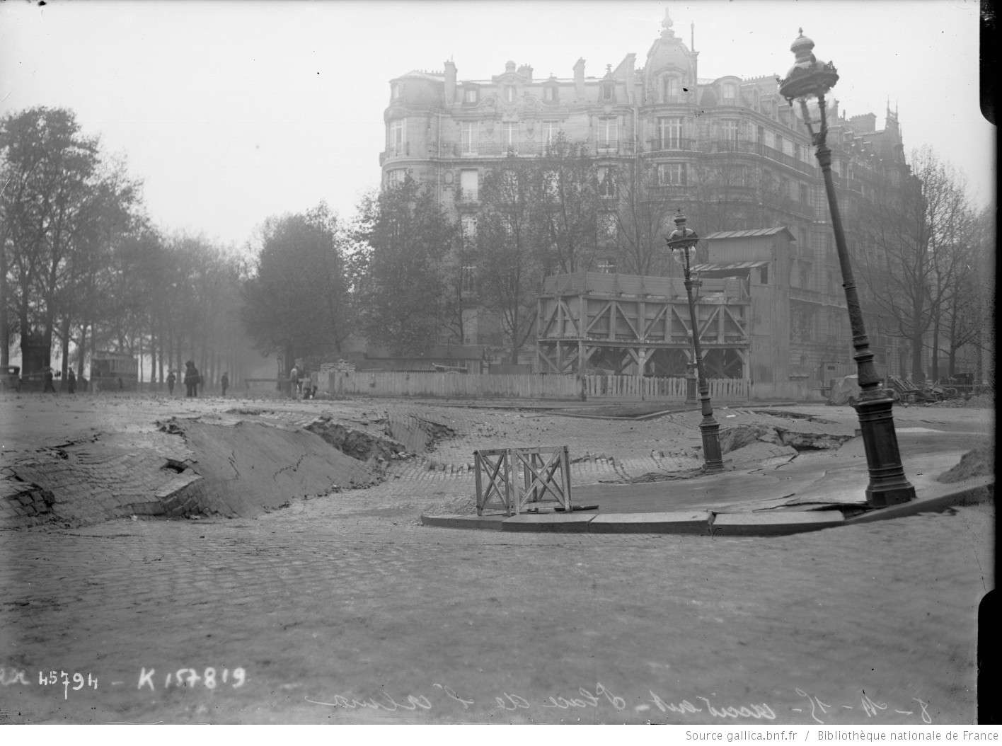 Place de l'Alma PARIS il y a 1 siécle Btv1b611