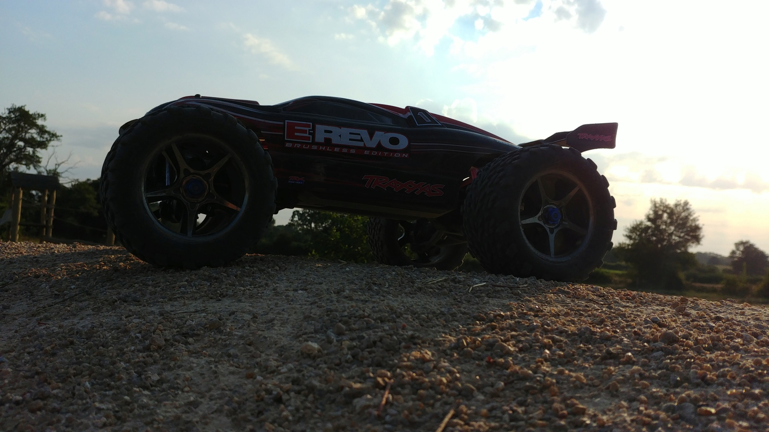 La E-Revo Brushless Edition d'ov4n - Page 2 20180720