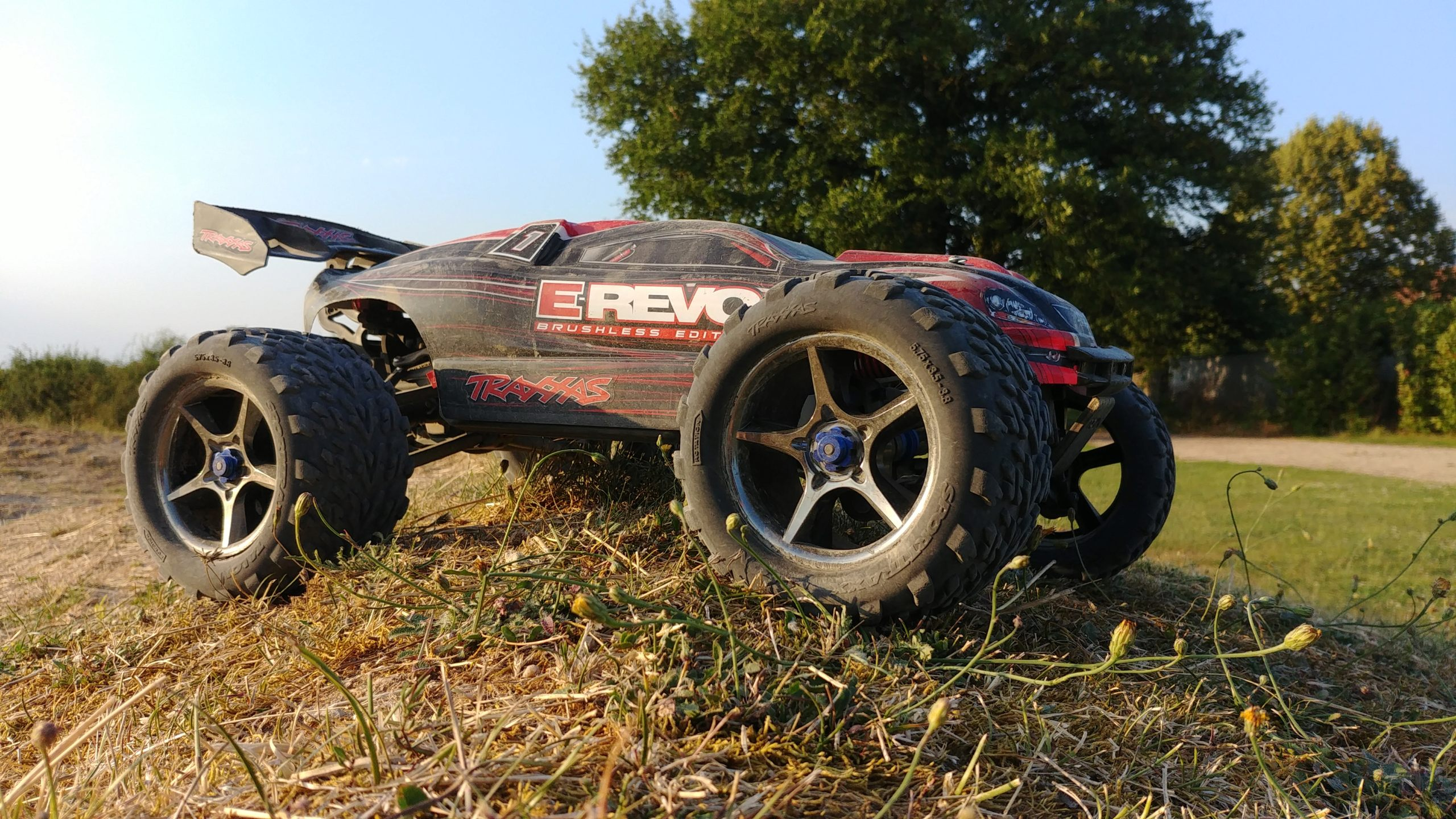 La E-Revo Brushless Edition d'ov4n - Page 2 20180721