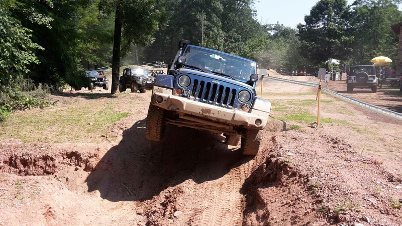 FOTO E VIDEO JEEPERS MEETING 2016 Img-2013