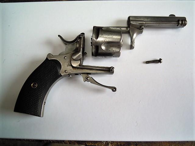 revolver Saint Etienne 5 coups calibre 320 Dscn0527