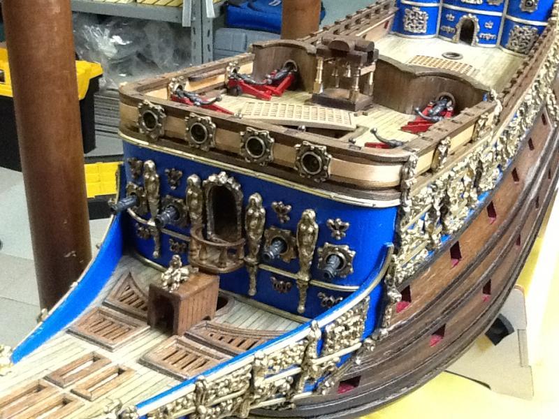 Sovereign Of The Seas XVII ème siècle de Sergal Mantua.  - Page 3 Foto4210
