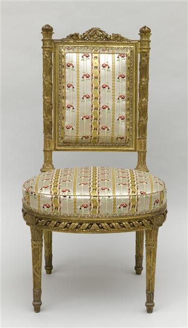 Du faux mobilier à Versailles ?  12-50510
