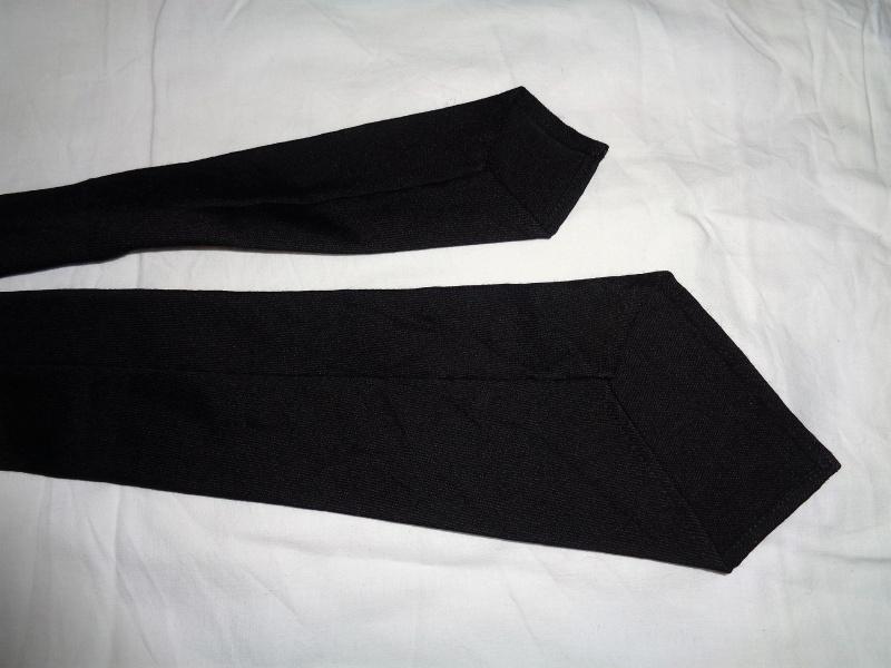 Cravates. 196410