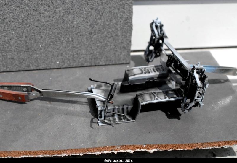 Hummer with M242 Bushmaster (Tamya 1/35, PANZER ART) pré-assemblage de la caisse Dsc_0521