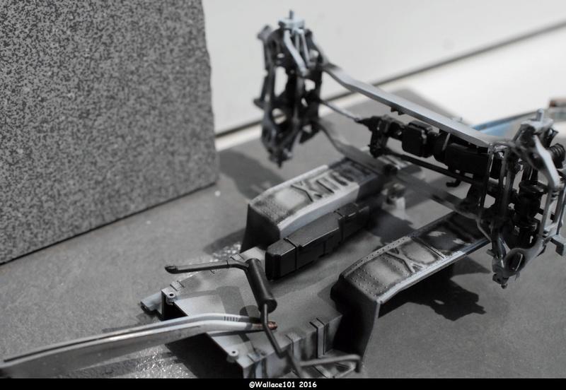 Hummer with M242 Bushmaster (Tamya 1/35, PANZER ART) pré-assemblage de la caisse Dsc_0522