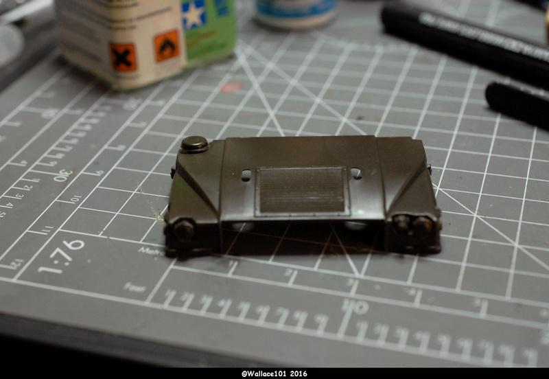 Hummer with M242 Bushmaster (Tamya 1/35, PANZER ART) pré-assemblage de la caisse Dsc_0525