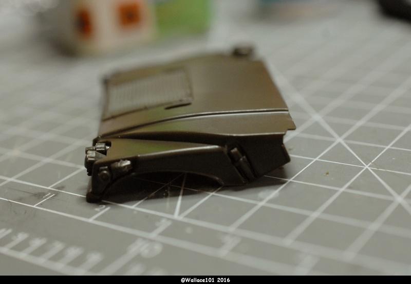 Hummer with M242 Bushmaster (Tamya 1/35, PANZER ART) pré-assemblage de la caisse Dsc_0526