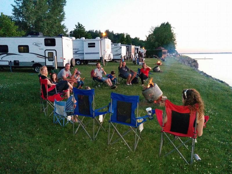 Camping Cap à la Roche (Deschaillons-sur-Saint-Laurent) 13662411