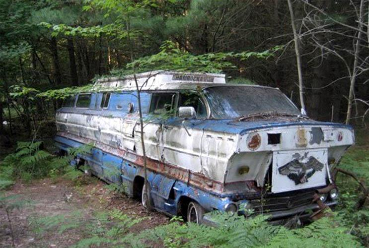The homemade motorhome made from two 1962 Buick station wagons 73154_10