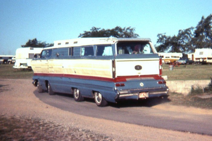 The homemade motorhome made from two 1962 Buick station wagons Buickm10