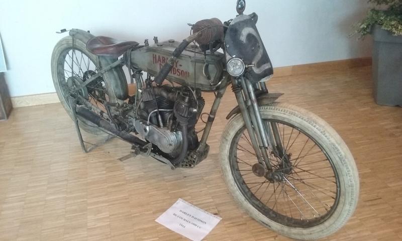 Les vieilles Harley....(ante 84) par Forum Passion-Harley - Page 38 20160734