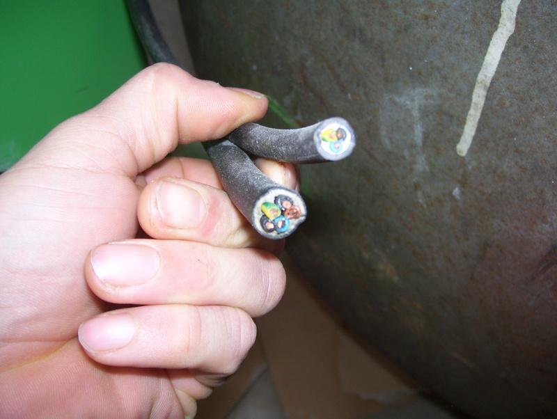 nouveaux venu; un compresseur creyssensac a restaurer...si il en vaut encore la peine! ^^ - Page 2 101_1710