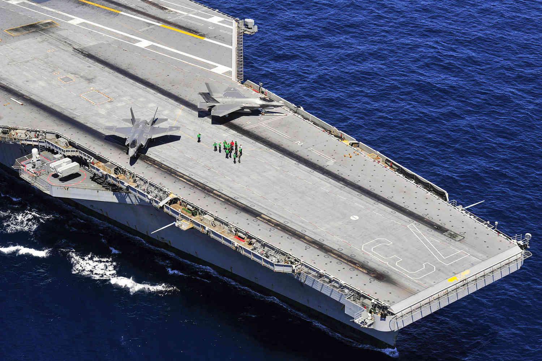 F-35 sur porte-avions 16081611