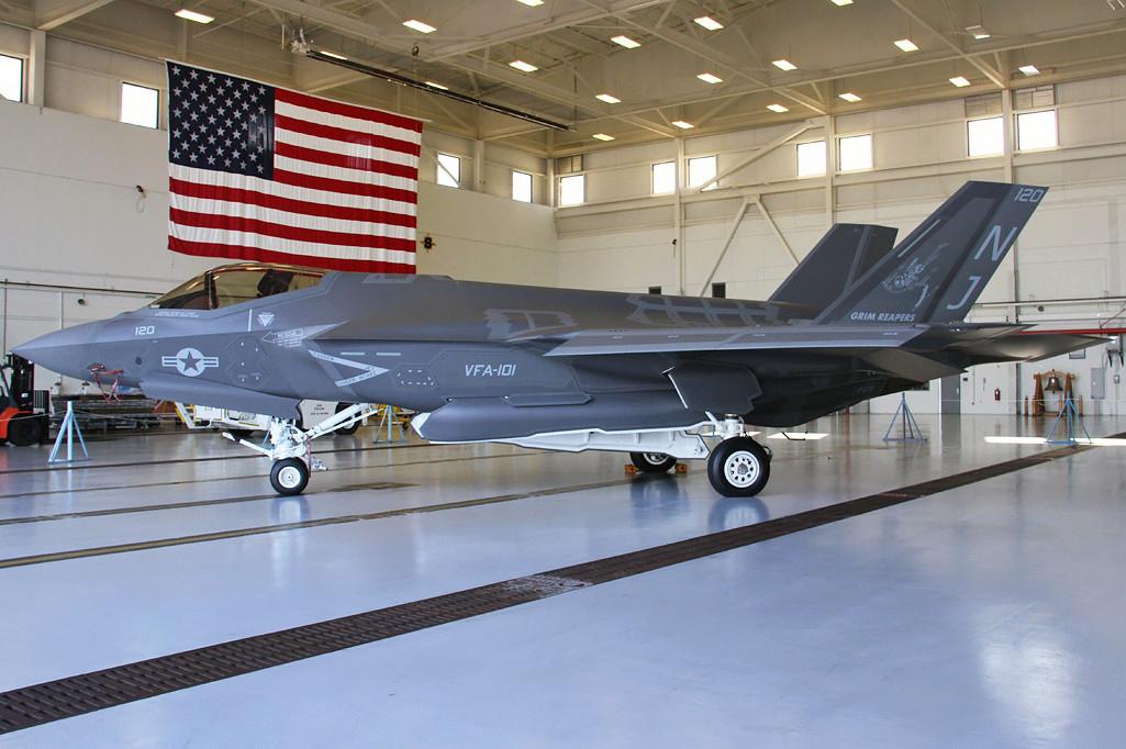 F-35 sur porte-avions F-35c_10
