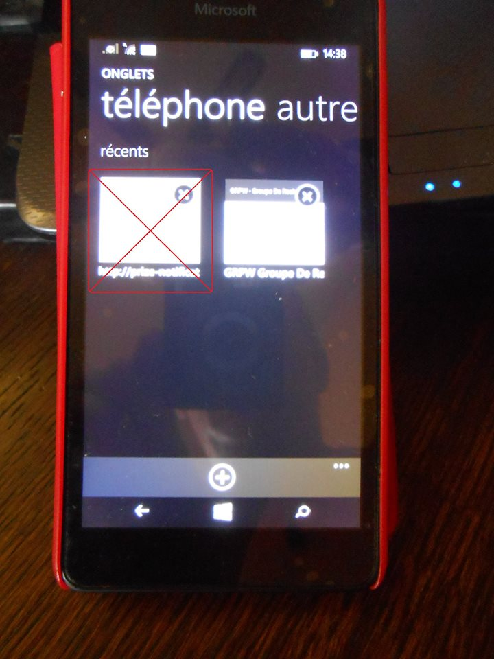 Se connecter au forum officiel via un smartphone. 13494810