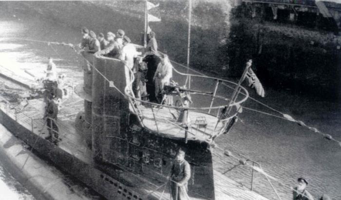 Kriegsmarine - U-331  80_12810