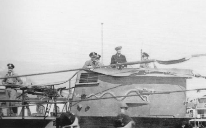 Kriegsmarine - U-331  81_12810